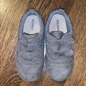Old Navy Herringbone toddler shoes